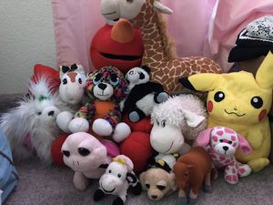 Free stuffed animals for Sale in Clayton, CA