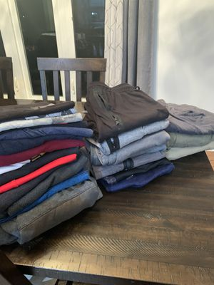 Lot of Young (teen) men's clothes size medium for Sale in Darien, IL