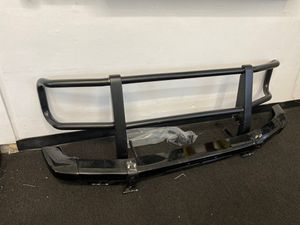 2000 Mercedes G500 front bumper brush guard bar used oem original for Sale in Alhambra, CA