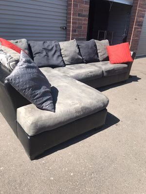 Really nice sectional couch 🛋 ‏Very good condition for Sale in Phoenix, AZ