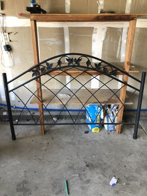 Queen complete bed frame all u need is a mattress. Has the canopy top also for Sale in Patterson, CA