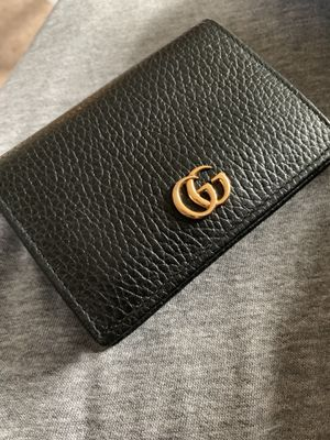 Authentic Gucci Women's Wallet for Sale in Glendale Heights, IL
