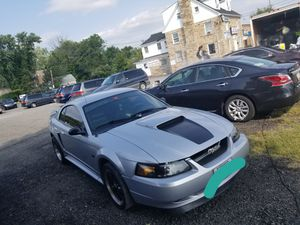 Ford Mustang g.t v8 manual for Sale in Baltimore, MD