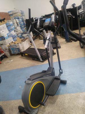 3 yr warranty Affordable, great deal! Golds Gym Small Ellipticals BIke. for Sale in Palos Verdes Estates, CA