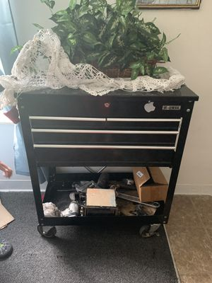 Us general tool box whit tools for Sale in Nashville, TN