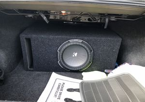 Auto audio and bass system with subwoofer and box for Sale in Dearborn, MI