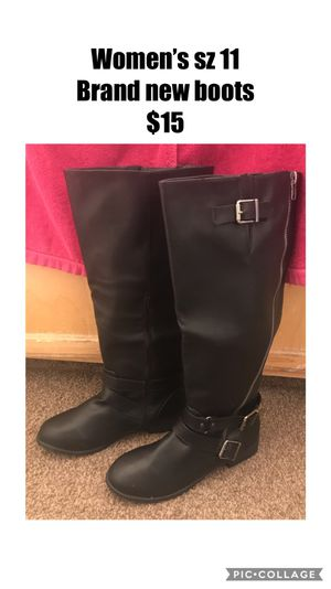 Brand new women's boots sz 11 for Sale in Madera, CA