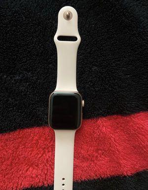 Rose Gold Apple 4 series 44 MM unlocked no box for Sale in Altamonte Springs, FL