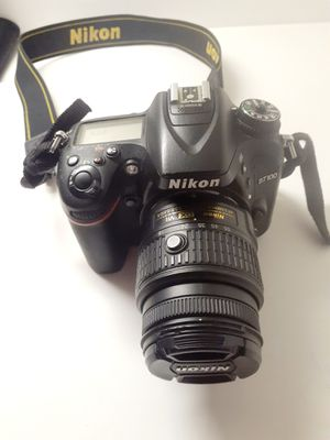 Nikon d7100 ++ MORE camera 2 lenses for Sale in Miami, FL