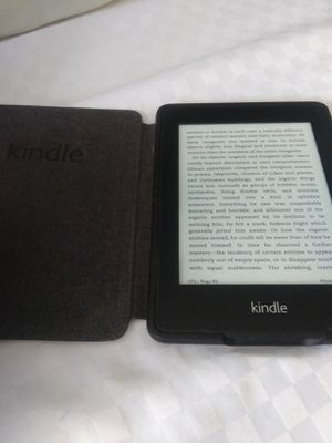 Kindle paperwhite for Sale in Baltimore, MD