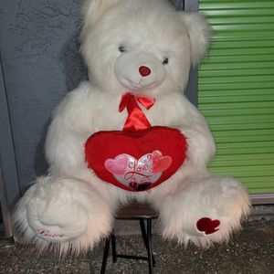 A Beautiful Giant Teddy Bear !! $25 for Sale in Millbrae, CA
