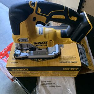 Dewalt XR Brushless Cordless Jigsaw (Tool Only) for Sale in Portland, OR
