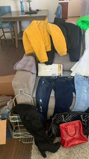 Clothes, shoes and more! for Sale in Hemet, CA