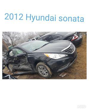 2012 Hyundai sonata for parts for Sale in Dallas, TX