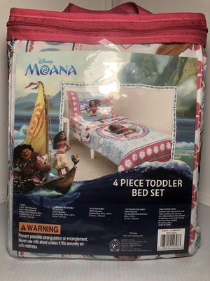 Disney Moana Toddler Bed Set for Sale in Crowley, TX