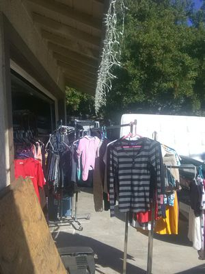 Men's & women's clothing for Sale in March Air Reserve Base, CA