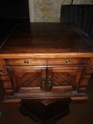 Dark Brown Square End Table/TV Stand for Sale in Salt Lake City, UT