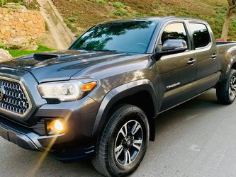 2018 TOYOTA TACOMA TRD SPORT‼️ for Sale in Los Angeles,  CA