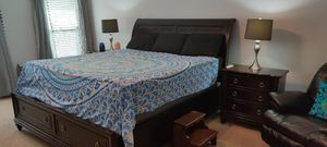 Cathedral Cherry California King Bedroom Suite with Merlot Sateen Finish for Sale in Vero Beach, FL