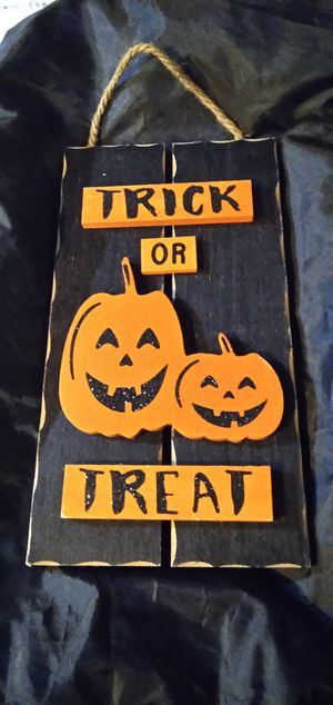 Wooden Halloween decoration. $2 for Sale in Houston, TX