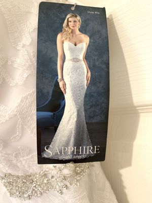 Alfred Angelo Sapphire 996 Style Bridal Gown Wedding Dress Size 4 for Sale in Antelope, CA