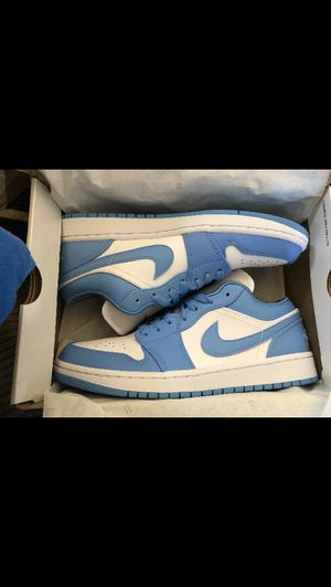 Jordan 1 low unc (w) for Sale in Vancouver, WA