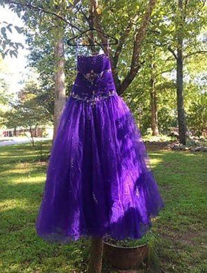 Purple ball gown prom dress for Sale in Douglasville, GA