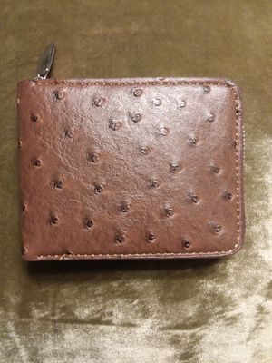 Wallet Ostrich design with zipper for Sale in Chicago, IL