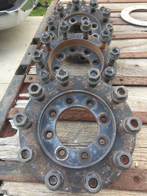1973-97 F-350 10 bolt adapters. 8x6.5 bolt pattern for Sale in Oceanside, CA