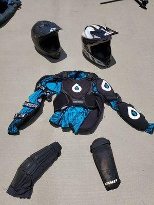 Downhill mountain bike gear for Sale in Lakeside, CA