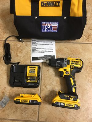 DEWALT DCD791 20-Volt MAX XR Lithium-Ion Cordless 1/2 in. Brushless Compact Drill/Driver with (2) Batteries 2Ah, Charger and Bag for Sale in Phoenix, AZ