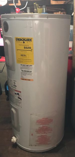 GE Electric water heater for Sale in Hicksville, NY