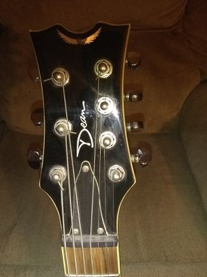 Dean Thoroughbred 7 String W/Stand and Fender Amp for Sale in Moneta, VA