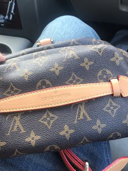 Louis Vuttion Fanny Bag for Sale in Riverside,  CA