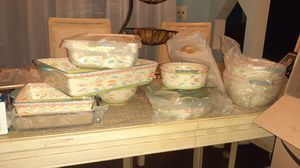 Temptations bakeware 13pc set for Sale in Blue Island, IL