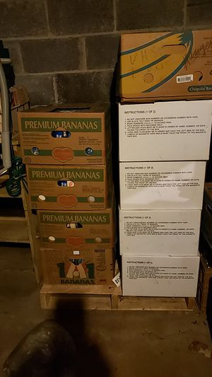 20 boxes of vhs tapes of TV showsl]⁰ for Sale in Monsey, NY
