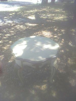 Antique table and end table for Sale in Tampa, FL