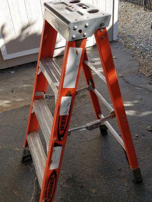 werner 4ft ladder 300lb rating for Sale in Riverside, CA