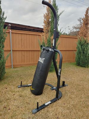 Punching bag with stand for Sale in Garland, TX
