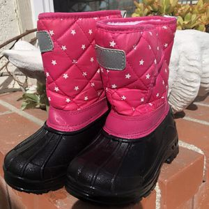 Kids Snow boots size 10 for Sale in Irvine, CA