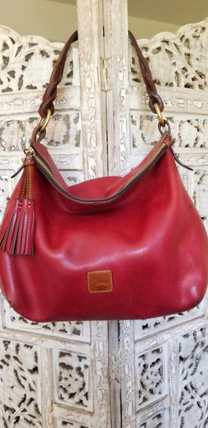 Dooney & Bourke red Hobo Bag for Sale in Mission Viejo, CA