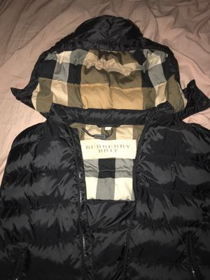 Burberry Vest for Sale in Brandon, FL