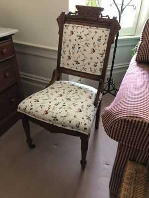 Antique Floral Pattern Chair with Stunning Wood Detail for Sale in Oakland, CA