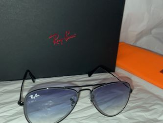 Ray-Ban Aviator for Sale in Queens,  NY