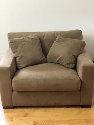 Crate & Barrel Axis Chair w/ ottoman for Sale in Warrenville, IL