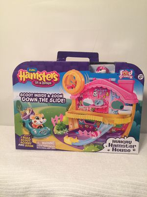 Zuru Hamsters In A House toy for Sale in Miami, FL