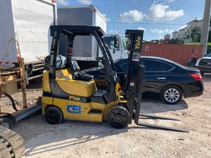 2007 Yale forklift 6000 pounds 1484 hours for Sale in Miami, FL