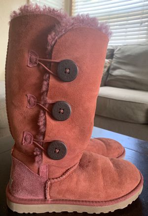 UGG Australia Womens/Girls Pink Button Up Size 6; Pink Tall Suede Boots for Sale in Torrance, CA