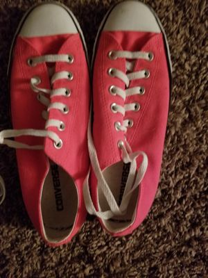 Size 10 womens converse for Sale in Wichita, KS