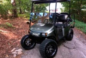 Asking$1000 Ez-Go TXT 2O17 Electric Golf Cart for Sale in Pierre, SD